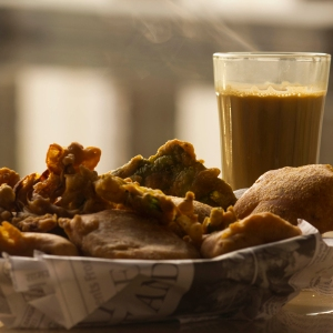Although we enjoy these year-round, pakoras and chai just taste better in the monsoon